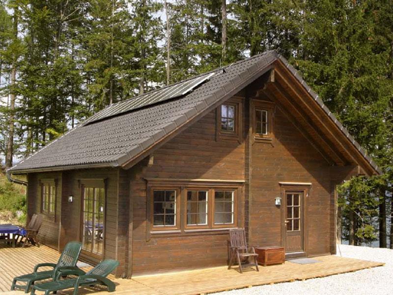 Foto di chalet in legno su misura dalla finlandia for Piani casa piccola casetta con soppalco