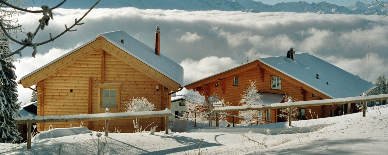 Foto di chalet in legno su misura dalla finlandia for Piani di casa di 1250 piedi quadrati